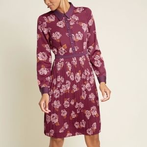Modcloth Just My Typist Pleated Long Sleeve Dress